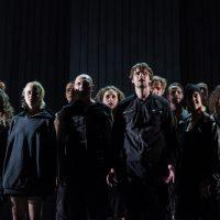 Antigone Chor klein Homepage